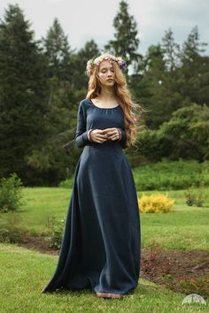 """Bridesmaid Medieval Dress """"Secret Garden"""" for sale :: by medieval store ArmStreet Women's Dresses, Linen Dresses, Bridesmaid Dresses, Wedding Dresses, Bridesmaids, Medieval Fashion, Medieval Clothing, Medieval Boots, Gypsy Clothing"""