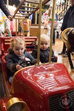 Prince Albert II and Princess Charlene visited with their children, Jacques and Gabriella, the Christmas Village of Monaco this Saturday, 3 December 2016. © Photos: Eric Mahon / Prince Palace