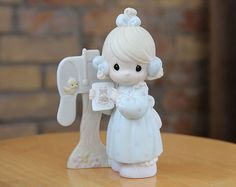 Precious Moments Figurine Sharing The Good News Together