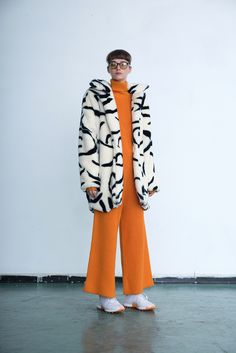 Wedding After Party, Vender Online, Winter Warmers, Getting Cozy, Halloween Themes, Fur Jacket, Personal Style, Indie, Summer Outfits
