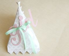 Google Image Result for http://melissaesplin.com/home/wp-content/uploads/2010/04/baby-girl-gift-wrap-silhouette-sd.jpg