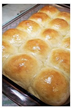 Delicious buttery Sourdough Pull-Apart Rolls are irresistible! Soft, chewy and lightly tangy, we like these rolls simply buttered or perhaps with a little honey or jam. How to make sourdough bread Sourdough Dinner Rolls, Sourdough Bread Starter, Sourdough Pancakes, Sourdough Recipes, Yeast Bread, Sourdough Doughnut Recipe, Cooking Bread, Cooking Recipes, Bread Baking