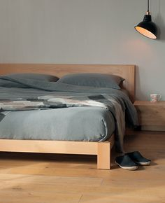 Java bed from Natural Bed Company   Low Bed - http://www.naturalbedcompany.co.uk/shop/contemporary-beds/java-wooden-bed/