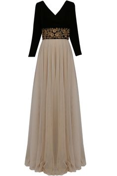 Vineti Bolaki presents Nude and black floral gold zardozi embroidered flared gown available only at Pernia's Pop Up Shop. Indian Gowns Dresses, Indian Fashion Dresses, Dress Indian Style, Indian Designer Outfits, Indian Outfits, Simple Gown Design, Long Gown Design, Stylish Dress Designs, Stylish Dresses
