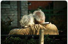 6 sabios consejos de un matrimonio anciano. Muy interesante. http://sorpresasparatupareja.com/2014/09/15/6-palabras-de-sabiduria/