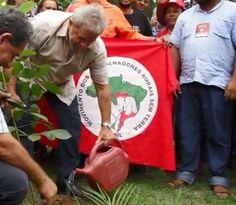 "Lula na ""escola"" dos sem-terra.  Bruno Braga."
