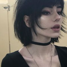 New how to look pretty tips people ideas Hair Inspo, Hair Inspiration, Goth Hair, Grunge Hair, Grunge Style, Aesthetic Girl, Hair Lengths, Pretty People, How To Look Pretty