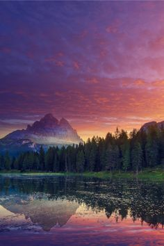 expressions-of-nature:  Mountain Lake at Sunrise / Lago Antorno in Belluno, Italy by: Peter Zelei