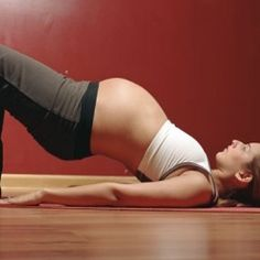 Prenatal pilates, I can't decide whether this is in the interest of the baby or . - Prenatal pilates, I can't decide whether this is in the interest of the baby or . Exercise During Pregnancy, Pregnancy Health, Pregnancy Workout, Pregnancy Tips, Pregnancy Fitness, Pregnancy Pilates, Turn A Breech Baby, Breech Babies, Prenatal Pilates