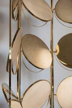 Partition screen - 16 Wall Lights With Exceptional Designs And Lots Of Style Partition Screen, Partition Design, Divider Screen, Partition Walls, Screen Design, Wall Design, Design Art, Art Deco Furniture, Furniture Design