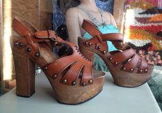 1970s Platform Heels Leather & Wood Size 8 Boho Disco