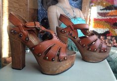 1970s Platform Heels Leather & Wood Size 8 Boho Disco