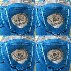 Mein Werbeschild für meine Jeans Hose. Cordreste auf die Hosentaschen gesetzt. Die Hosentaschen sind von einer Herrenhose