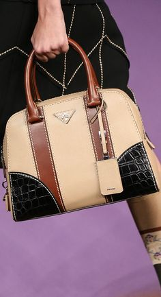 b4b6276614 Prada ~ Spring Leather Handbag Tan+Black+Brown 2015 Lässiger Look