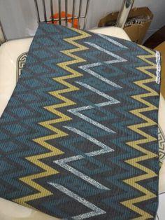 Kain Doby zig zag pattern print