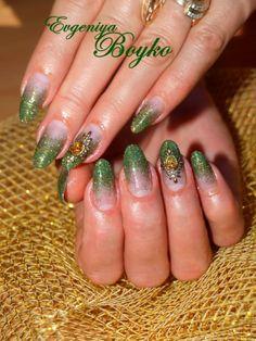 evgeniyas bilder von nagelstudios 2014 grn glitzer - French Nagel Muster