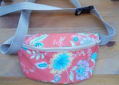 Fun Fanny Pack Tutorial | Fanny Pack Pattern, Bag Pattern Free, Pouch Pattern, Bag Patterns To Sew, Sewing Tutorials, Sewing Projects, Bag Tutorials, Sewing Diy, Diy Leather Goods