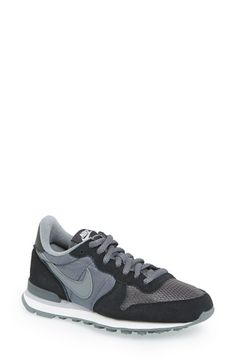 Nike 'Internationalist' Sneaker