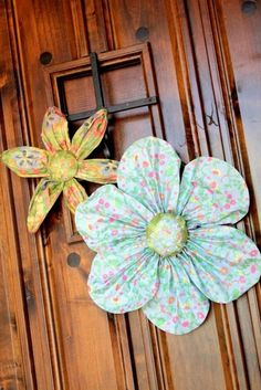 paper mache flowers - SOO cute!!