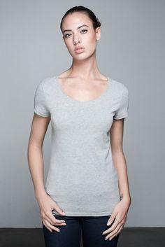 Bella Deep Neck T-shirt   People's Avenue   #deepneck #tshirt #grey #basic