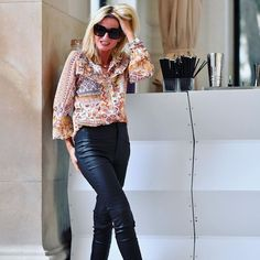 Printed shirt and coated pants | Photo shared by Yvonne | For more style inspiration visit 40plusstyle.com