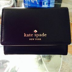 d6f91434ea ♤️KATE SPADE♤ Mini keychain wallet super cute in great condition kate spade  Bags