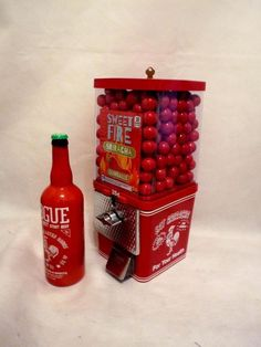 vintage gumball machine Sriracha hot sauce+ sweet fire gumball + beer bottle lot #vintageKomet