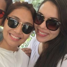 This is the pretty Kathryn Bernardo and the pretty Julia Montes smiling for the camera while preparing for a get together with their friends and fellow Goin' Bulilit alumni at a restaurant somewhere in Manila last November 2014. Indeed, Kathryn and Julia M. are another of my favourite Kapamilyas, and they're amazing Star Magic talents and proud graduates of Goin' Bulilit. #KathrynBernardo #TeenQueen #JuliaMontes #JulKath