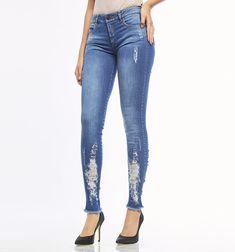 e60932ddbe9a Jeans ultraslim rotos en bota. Jeans MujerRopa ...