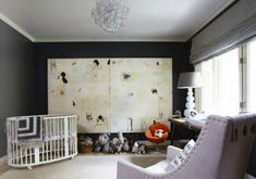 oval crib and luscious art