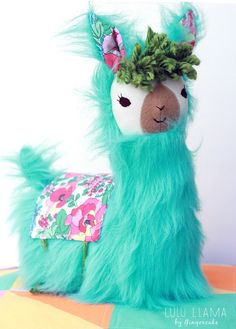 Sewing Stuffed Animals Image of NEW! LuLu Llama Pillow PDF Sewing Pattern - Who doesn't love that sweet llama face and those pretty llama eyes? Llamas are quirky, unique, beautiful and loveable- just like us sewers :). Alpacas, Sewing Hacks, Sewing Tutorials, Sewing Crafts, Sewing Tips, Sewing Ideas, Llama Pillow, Sewing Stuffed Animals, Llama Stuffed Animal
