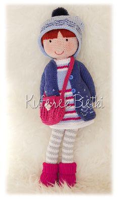 Kuferek Bietki: Chloe - lalka na szydełku/ Gehäkelte Puppe