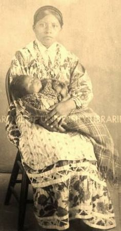 Choctaw mother and child near Tucker, Mississippi - circa 1910