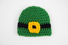 Patty's Preemie Hat | If the newest member of your family has arrived a bit early, then you'll want to make this cute crochet preemie hat just in time for St. Patrick's Day!