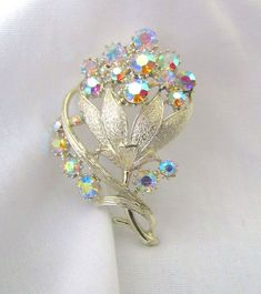 VTG ESTATE SIGNED CORO PIN AURORA BOREALIS & GOLD TONE RHINESTONE FLOWER PIN  #CORO