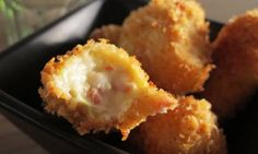 Here is an authentic Spanish recipe for Ham croquettes. In Spain these are common in every restaurant and serve as good appetizers or tapas. The centers are nice and creamy and the outside is crunchy.