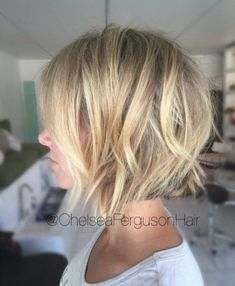50 Best Short Bob Hairstyles and Hairstyles for Women - Frisuren - Cheveux Haircuts For Fine Hair, Short Bob Haircuts, Cool Haircuts, Medium Hairstyles, Trendy Hairstyles, Choppy Bob Hairstyles Messy Lob, Short Hairstyles For Thin Hair, Choppy Bob Hairstyles For Fine Hair, Braided Hairstyles