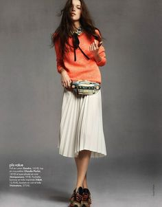 fanny pack, me like. Can I find this outfit at Jcrew please?