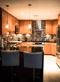 Black Absolute Granite Kitchen Contemporary with Gas Range Automatic Coffee Makers