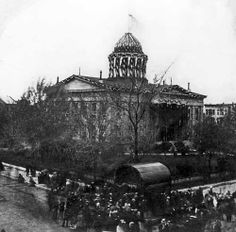 Lincoln's Funeral at the Old State Capitol 1865. Springfield, Illinois. Courtesy of the Abraham Lincoln Presedential Library.