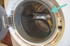 Does your HE Washing Machine Smell Moldy? Here's the best way to clean it!!