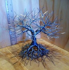 1 million+ Stunning Free Images to Use Anywhere Beaded Crafts, Wire Crafts, Primitive Christmas Crafts, Wire Tree Sculpture, Garden Sculpture, Bonsai Wire, Twisted Tree, Free To Use Images, Metal Tree Wall Art