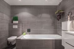 1000 images about badkamer on pinterest met van and showers for Moderne badkamers