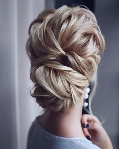 Gorgeous super-chic hairstyles That's Breathtaking updo braided updo hairstyle,simple updo, swept back bridal hairstyle,updo hairstyles ,wedding hairstyles Chic Hairstyles, Braided Hairstyles Updo, Wedding Hairstyles For Long Hair, Wedding Hair And Makeup, Updo Hairstyle, Braided Updo, Hairstyle Ideas, Hairstyle Wedding, Bridal Hairstyles
