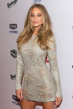 Pin for Later: Proof That Swimsuit Models Look Even Sexier Without a Bikini Hannah Davis Cover girl Hannah Davis turned up in a sparkling look with an ultrahigh hemline.