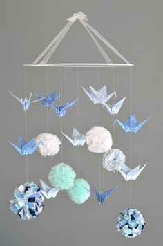 ) and origami cranes / Model Delposé . Hobbies And Crafts, Diy And Crafts, Paper Crafts, Mobiles, Diy Bebe, Pom Pom Crafts, Creation Deco, Kirigami, Diy For Kids