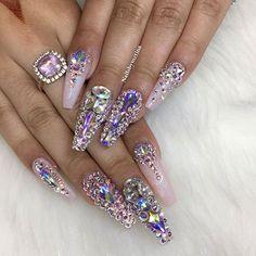 ✨So shiny!✨ By @nailsbymztina Shop Swarovski crystals ➡️ DAILYCHARME.COM!