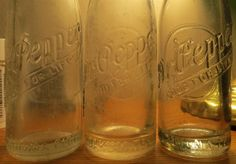 Yoakum, Texas RAISED LETTER Dr. Pepper | Antique Bottles Forum Old Glass Bottles, Antique Bottles, Soda Bottles, Pepsi Cola, Dr Pepper, Mason Jars, Texas, Sugar, Stuffed Peppers