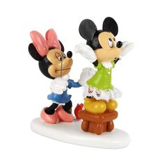 Department 56 Disney Village Minnie Sewing Village Accessory 3Inch *** Want additional info? Click on the image. Note:It is Affiliate Link to Amazon.