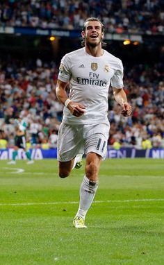 Gareth Bale Real Madrid Plus Real Madrid Football Club, Real Madrid Players, Best Football Team, Gareth Bale, Lionel Messi, Champions League, Zinedine Zidane, Bundesliga Live, Fc Bayern Munich